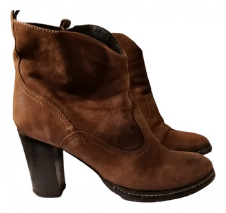 Balmain Brown Suede Ankle boots