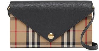Burberry Vintage Check detachable strap wallet