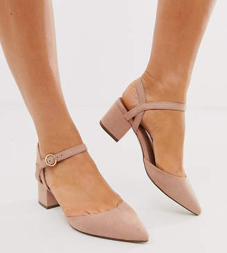 New Look Wide Fit faux suede low block heeled shoes in tan