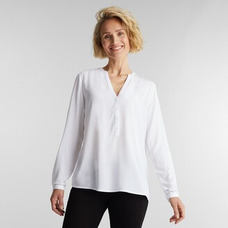 Esprit V-Neck Blouse with Long Sleeves in Organic Cotton Mix