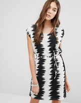 Blend She Zig Zaggy Print Dress