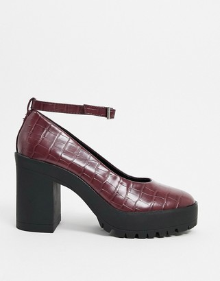 London Rebel chunky heeled shoes in burgundy croc