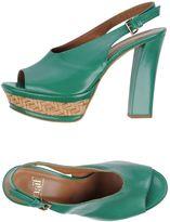 Naif Sandals
