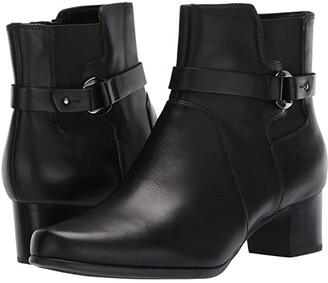Clarks Un Damson Mid (Black Leather) Women's Boots