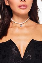 Boohoo Harriet Diamante Embellished Pearl Choker