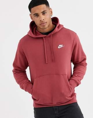 Nike Club hoodie in burgundy-Red