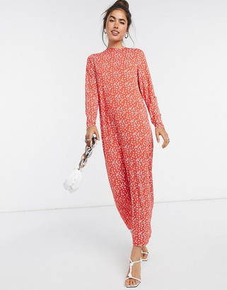 ASOS DESIGN maxi t-shirt dress with long sleeve in red floral print
