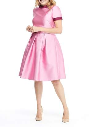Gal Meets Glam Annabelle Back Bow Pleated Fit & Flare Dress (Regular & Plus Size)