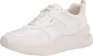 UGG womens La Hills Sneaker