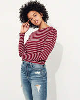 Hollister Must-Have Crop T-Shirt