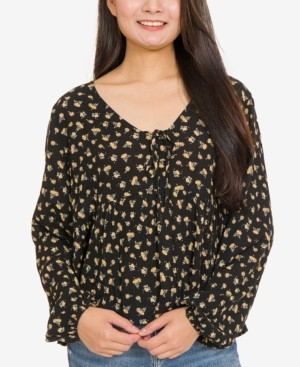 Hippie Rose Juniors' Printed Tie-Front Blouse