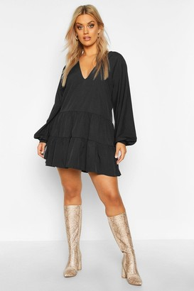 boohoo Plus Tiered V Neck Smock Dress