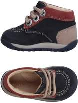 Kickers Low-tops & sneakers - Item 11325151