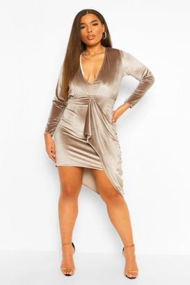 boohoo Plus Velvet Plunge Drape Midi Dress