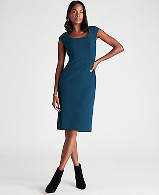Ann Taylor The Petite Scoop Neck Dress in Bi-Stretch