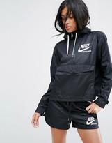 Nike Archive Pro Woven Jacket In Black