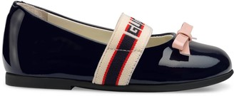 Gucci Toddler patent leather ballet flat with stripe