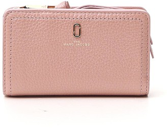 Marc Jacobs The Softshot Pearlised Compact Wallet