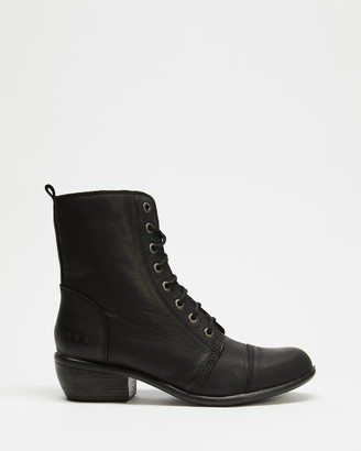 ROC Boots Australia - Women's Black Lace-up Boots - Territory Leather Ankle Boots - Size 6 at The Iconic