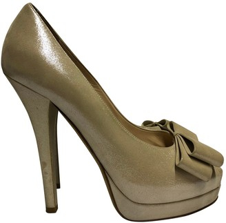 Fendi \N Gold Cloth Heels