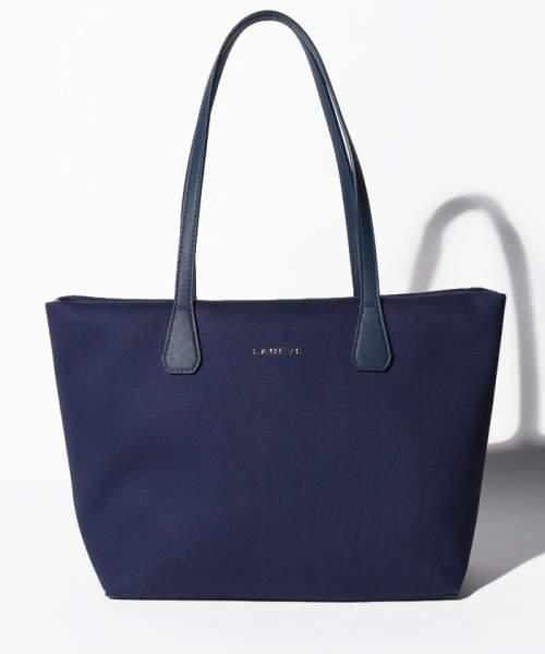a9c3b296ab91 Chanel(シャネル) ブルー トートバッグ - ShopStyle(ショップスタイル)