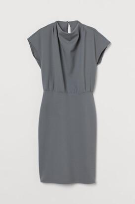 H&M Cap-sleeved Dress - Green