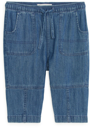 Arket Tapered Jeans