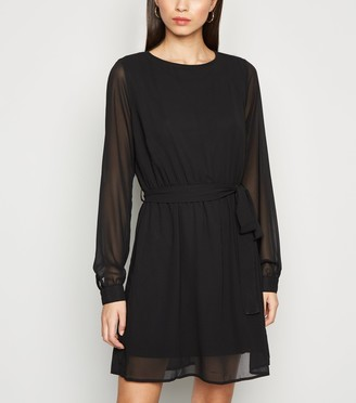 New Look NA-KD Round Neck Chiffon Dress