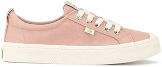 Cariuma OCA Low Rose Canvas Sneaker