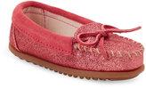 Minnetonka Toddler Girls) Hot Pink Glitter Moccasins