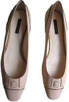 Louis Vuitton Pink Patent leather Ballet flats