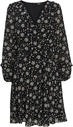 Wallis Monochrome Ditsy Floral Fit and Flare Dress