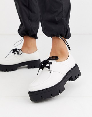 Asos Design DESIGN Map chunky flat shoes in white