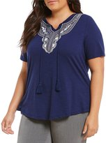 Allison Daley Plus Embroidered Notch Neck Short Sleeve Knit Top