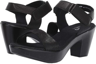 Munro American Willa (Black Leather) Women's Sandals