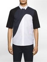 Calvin Klein Platinum Regular Fit Wave Geometric Colorblock Short-Sleeve Shirt