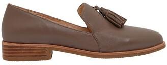 Sandler Salvador Taupe Glove Flat Shoes