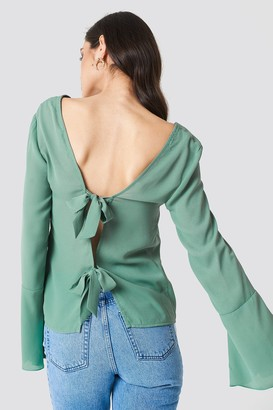 NA-KD Tie Back Wide Sleeve Blouse