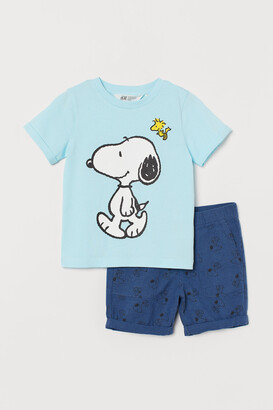 H&M T-shirt and shorts