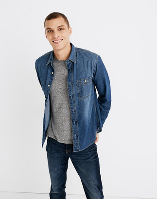 Madewell Denim Button-Down Shirt in Newhall Wash