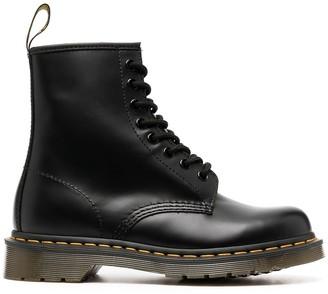 Dr. Martens 1460 Pascal Classico boots