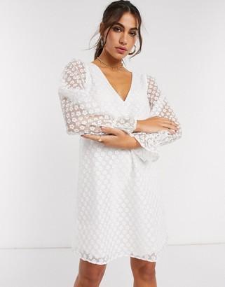 Vila v neck mini dress in white daisy print