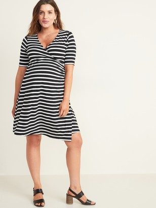 Old Navy Maternity Faux-Wrap Jersey Dress
