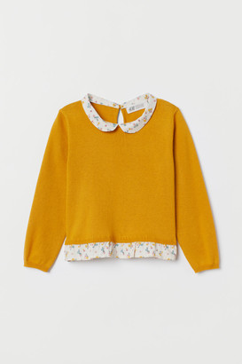 H&M Sweater with Collar - Yellow