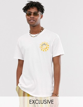 Reclaimed Vintage t-shirt with sun and globe embroidery-White