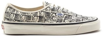 Vans Authentic 44 Lace Up Sneakers