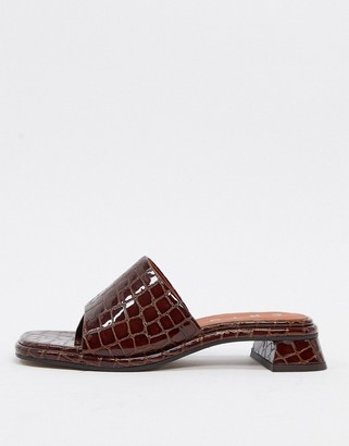 CHIO muled sandals with low heel in brown croc effect leather