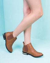 Missy Empire Catherine Brown Cleated Elastic Pull On Boot