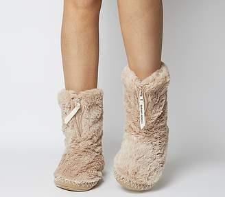 Bedroom Athletics Marilyn Short Faux Fur Boot Gingerbread
