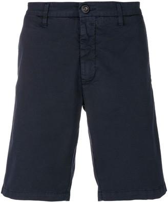 Eleventy knee-length chino shorts